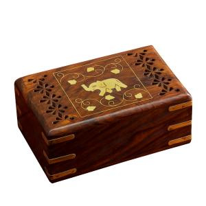 деревянная резная шкатулка с инкрустацией Слоник, 15х10 см